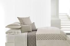 Vera Wang Bedding 300 TC Embroidered Knots Queen Flat Sheet White $195 D5100