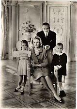 CPA Le Prince Rainier III&Albert-La Princesse Grace&Caroline (234451)