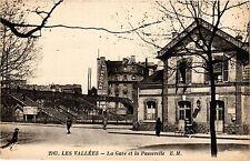 CPA LES VALLÉES La Gare et la Passerelle (413483)