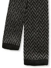 NWT  BANANA REPUBLIC Gray Black Chevron Knit Skinny Tie $39.99 Retail