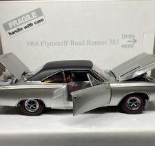 Danbury Mint 1968 Plymouth ROADRUNNER 383 1/24 Scale VERY RARE Nice Car