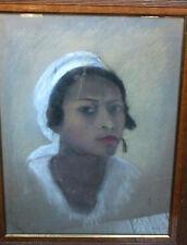 Grand portrait d'une belle Malgache - Pastel 1934 signé et encadré - 63 x 47 cm