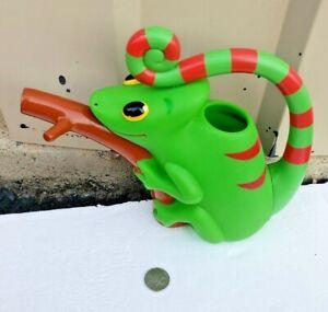 Melissa and Doug Sunny Patch Chameleon Lizard watering can reptile verdi garden