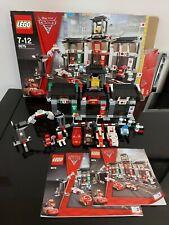 Lego Disney Pixar Cars 8679 - TOKYO INTERNATIONAL CIRCUIT - 2 tiny pieces lost