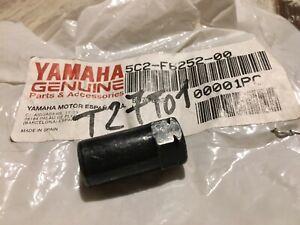 Yamaha 5C2-F6252-00 écrou réglage rétroviseur droit 50 NEOS MBK OVETTO YN50