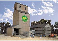 N-Gauge - Walthers - Cornerstone Valley Growers Association