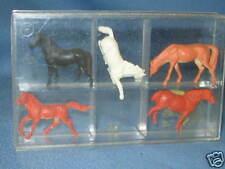 Preiser Set  of 5 Horses HO