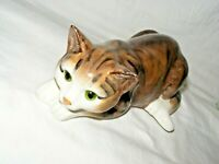 JUST CATS & CO POTTERY CAT FIGURINE HAND PAINTED GLASS EYES STAFFORDSHIRE