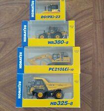 KOMATSU (WA380-8 WHEEL LOADER)(PC210LCi-10 EXCAVATOR)(D61PXi-23)(HD325-8) 1:87