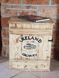 Frachtkiste Holz Bar Couchtisch Truhe Schrank Irland Whiskey Whisky Kiste Regal