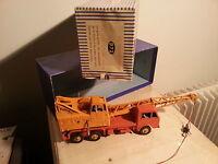"dinky super toys  camion-grue  ""coles"" n972 avec sa boite"
