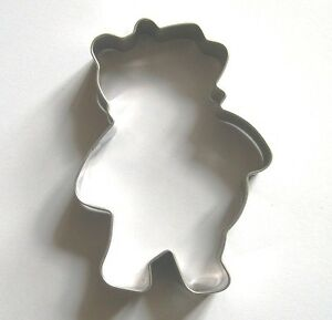 Winnie The Pooh Cookie Cutter Fondant Biscuit Pastry Baking Metal Mold