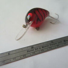 """FISHING LURE UNBRANDED  1¾""""   CRANK BAIT  BLACK & RED"""