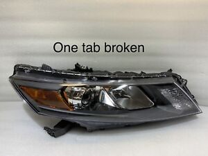 2010 2011 Honda Accord Crosstour OEM Headlight Passenger Side Halogen