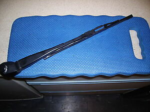 vw lupo/seat arosa 02 rear wiper arm and blade.for cars without spoiler.