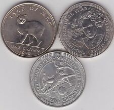 THREE ISLE OF MAN 1970 TO 1986 BASE METAL CROWNS IN NEAR MINT CONDITION