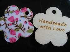 15 Stück ♥ HANDMADE WITH LOVE ♥ BLUME Holz KNOPF Label Etikett Anhänger 3 cm
