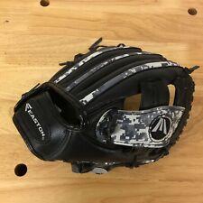 "MLB - Easton - 9.5"" Camo Pattern RHT Baseball Glove - Model 9.5"" Pattern"
