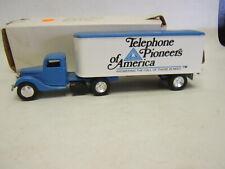 Ertl 1937 Ford Tractor Trailer Telephone Pioneers of America MIB Diecast
