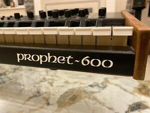 Sequential Circuits - Prophet 600 With Gligli Update