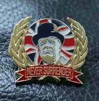 Winston Churchill NEVER SURRENDER golden pin badge BREXIT WW2 Union Jack flag