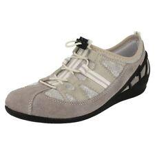 Chaussures gris Rieker en cuir pour femme
