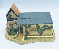 """David Winter Cottages Autumn 1989 """"The Coal Shed"""" Collectors Piece No 6 with COA"""