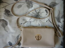 BEIGE GRAINY LEATHER LOOK WRISTLET CLUTCH BAG OR CROSS BODY SHOULDER BAG. BNWT