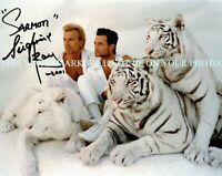 SIEGFRIED AND ROY SIGNED AUTOGRAPH 8X10 RPT PHOTO WITH WHITE TIGERS MAGICIANS