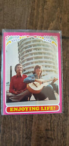 1971 TOPPS TEST ISSUE CARD BOBBY SHERMAN GETTING TOGETHER ENJOYING LIFE # 35