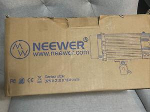 Neewer N-300W Studio Light Carton Size: 325 X 210 X 160 (mm)
