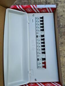 MK CONSUMER UNIT AMEND 3 METAL CLAD 10 WAY SPLIT LOAD + 10 MCB'S Y7666sMET