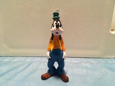 Official Vintage Disney Goofy, Mickey Mouse's friend, 6� porcelain figurine