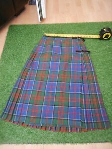 """VINTAGE  KILT , IN A GOODISH CONDITION . 26"""" WAIST X 28"""" TO 29"""" LONG"""