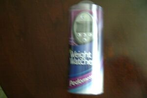NIP Weight Watchers Pedometer Easy to Use Steps Miles Time Belt Clip LCD Display