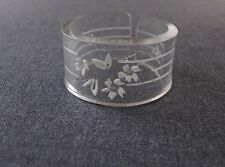 VINTAGE REVERSE  CARVED FLOWERS & STRIPES CLEAR LUCITE NAPKIN RING  #2