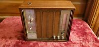 Vintage Zenith Solid State AM FM Table Top Clock Radio A-475-W Wood Case TESTED