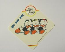 VECCHIO ADESIVO / Old Sticker DISNEY HOME VIDEO QUI QUO QUA (cm 8x8)