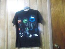 Pre-Owned Mens Sesame Street Run DMC Tribute TShirt-Black-Size M-Elmo ! Oscar !
