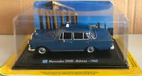 """DIE CAST """" MERCEDES 200D - ATHENS - 1965 """" 1/43 TAXI COLLECTION SCALA 1/43"""