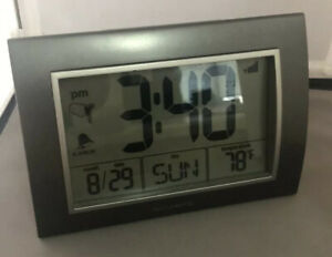 Digital Atomic Clock Large Number Display Desk Clock