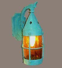 VINTAGE ARTS & CRAFTS OR TUDOR COPPER LIGHT SCONCE