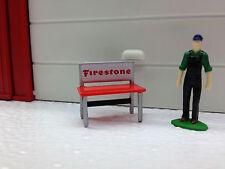 1/64 RED FIRESTONE WORKBENCH