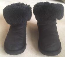 Ugg Boots .Bailey Black Short Boots Ladies Uk 5.5