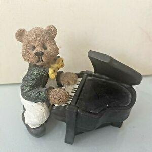 """Teddy Bear Playing Grand Piano Ceramic Ornament Approx 3.5"""" Tall 5""""wide VGC Deco"""