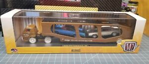 M2 Machines Auto-Haulers 1969 Dodge L-600 COE 1970 Super Bee 383 HEMI CHASE