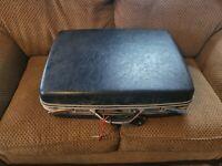 "Vintage Samsonite Silhouette Hard Suitcase Navy Blue 20"" Luggage w/ key"