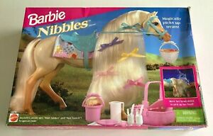 BARBIE Nibbles Horse Magnetic Mouth Mattel 1995 With Accessories In Original Box