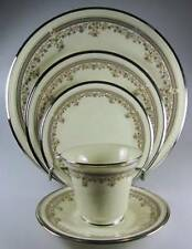 Lenox Lace Point 5 Piece Place Setting(s) pre-owned