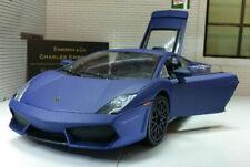 Véhicules miniatures bleus pour Lamborghini